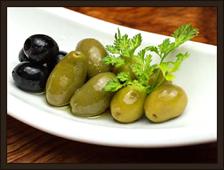 オリーブの三種盛り